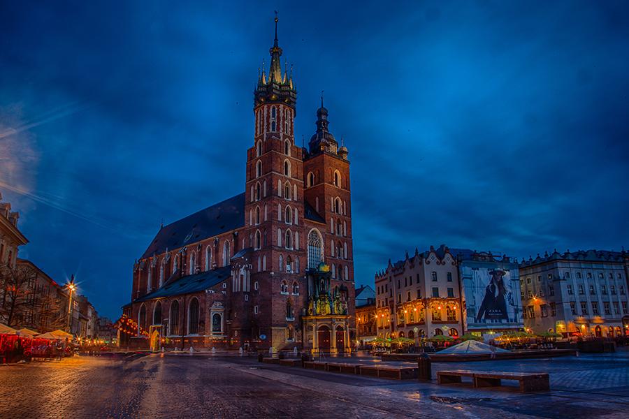 St. Mary´s churck in Krakow, Poland. At Main Market Square - Rynek Glowny