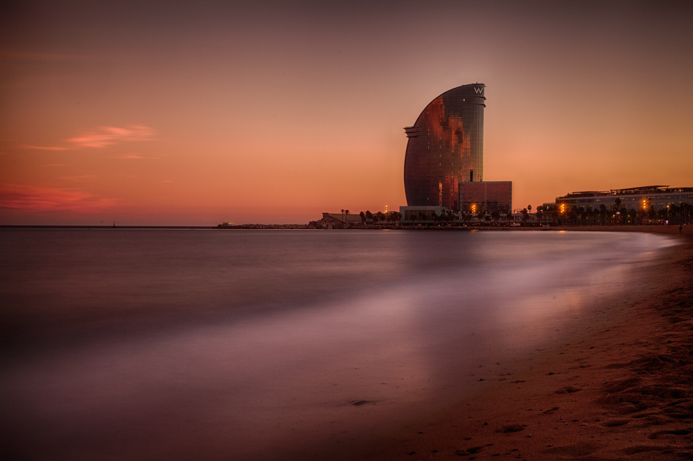 Barcelona by night. Photo: John Einar Sandvand