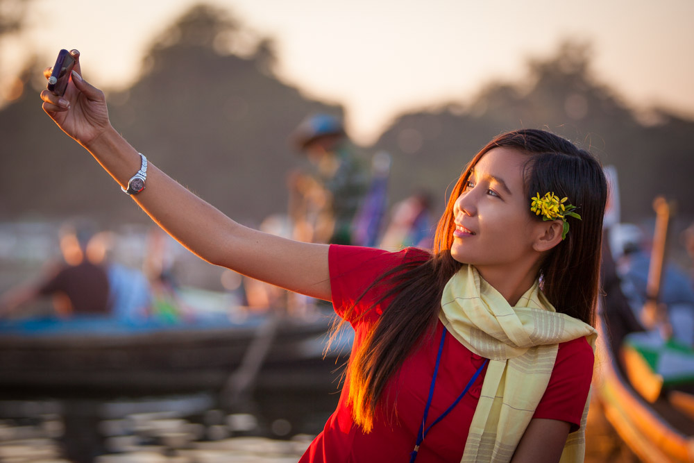 No sunset trip to U Bein bridge without a selfie :) Photo: John Einar Sandvand