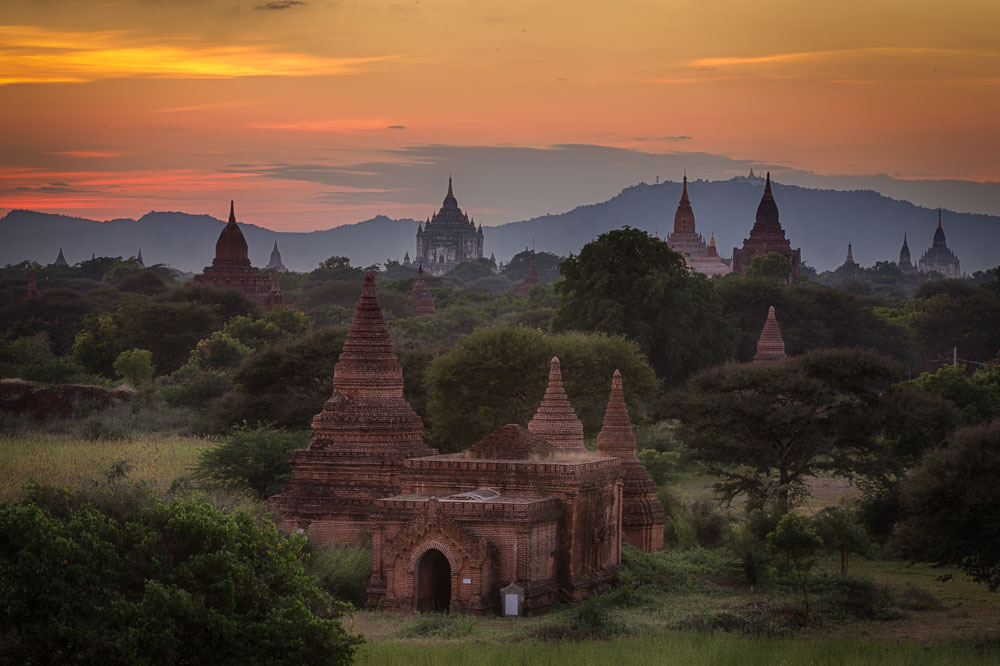 Sunset from Bulethi in Bagan. Photo: John Einar Sandvand