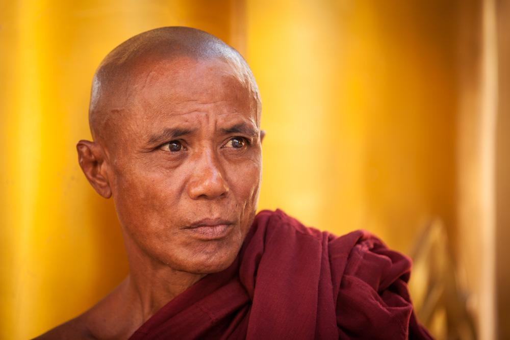 Monk at Shwedagon pagoda. Photo: John Einar Sandvand